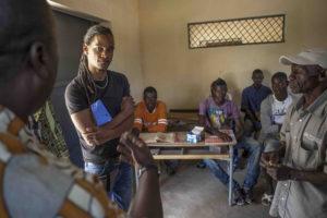 Foto: Alvar Jones no Centro de Protección de menores de Kandé