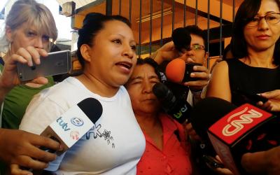 Estreamos en Compostela En deuda con todas, sobre a penalización do aborto en El Salvador