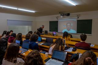 Echa a andar la décima edición del Seminario de Comunicación Social y Cooperación Internacional de la mano de Juan de Sola y la Radio Comunitaria